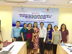 Đại diện các tổ chức xã hội với lãnh đạo Vụ Pháp chế Bộ LĐ-TB và XH tại Hội thảo