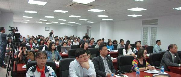Tham dự Lễ tổng kết và trao giải có hơn 100 phóng viên đến từ các cơ quan báo chí Trung ương và Hà Nội đến đưa tin.
