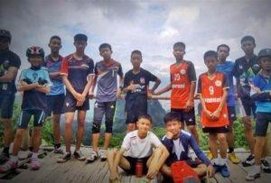 Vì sao đội bóng đá Thái Lan sống sót trong hang 17 ngày?